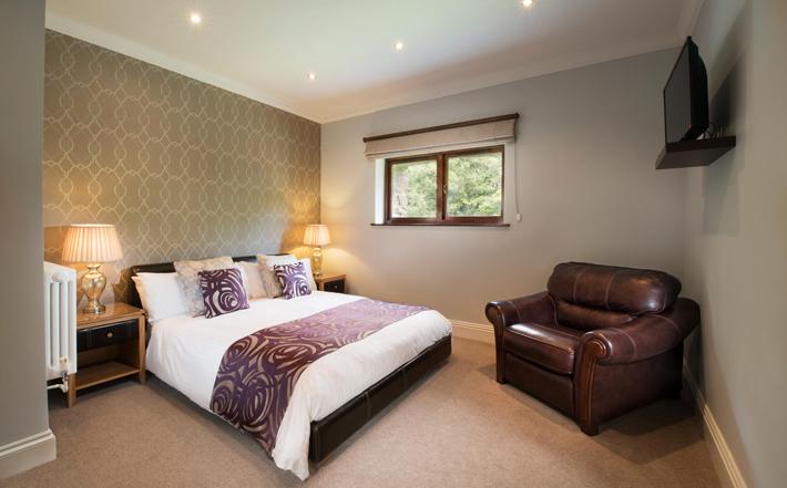 boringdon hall plymouth review bedroom