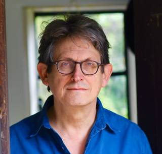 breaking news alan rusbridger book review author