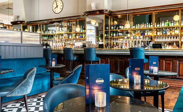 browns brasserie leeds restaurant interior main