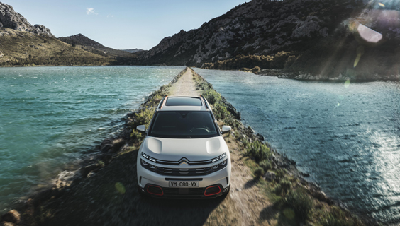 citroen c5 aircross car review main