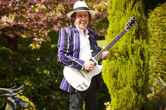 dave hill interview slade guitarist with guitar
