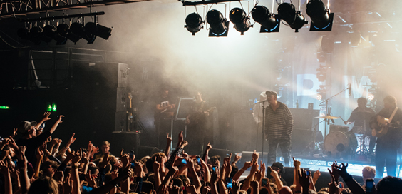 dma's live review leeds beckett university may 2018 stage