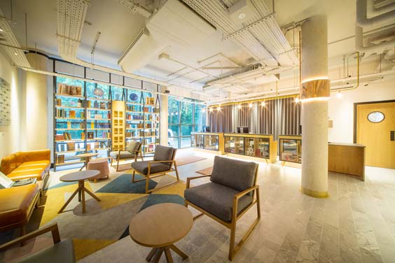 doubletree by hilton hotel london kingston upon thames review lobby