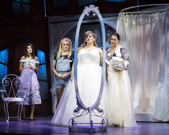 fat friends the musical review hull new theatre january 2018 wedding dress