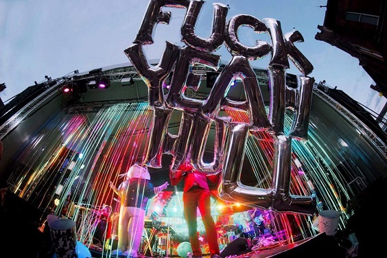 flaming lips live review hull yeah