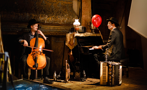 flying lovers of vitebsk review west yorkshire playhouse march 2018 musicians