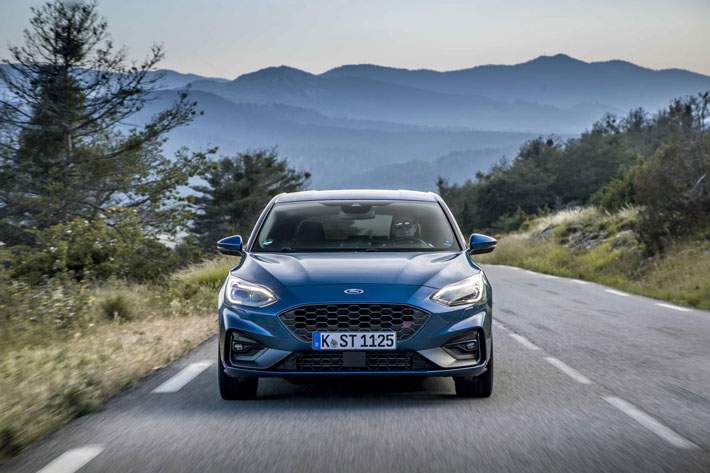 ford focus st car review front