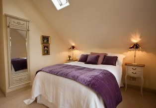 foxglove cottage bedroom