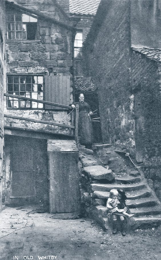 historic whitby photos Argument's Yard