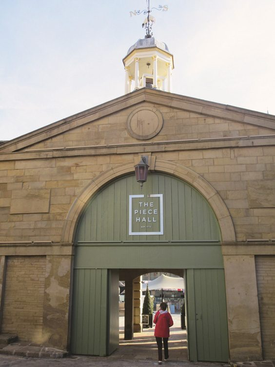 history of the piece hall halifax entrance