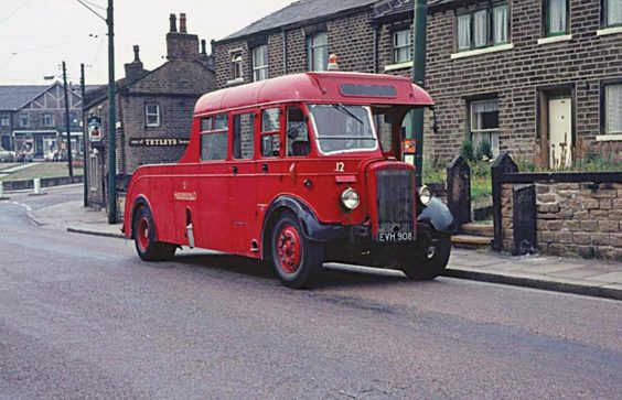 huddersfield trolleys and buses history P25 Another conversion was No. A12 (EVH 908), originally from the 1950 batch of Willowbrook B34R-bodied Daimlers bought by the JOC