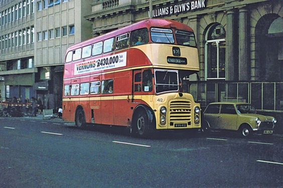 huddersfield trolleys and buses history P94 Far from home. Leyland Titan No. 412 is on the Nether Edge service while on loan to Sheffield Corporation