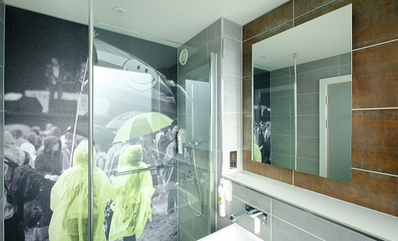 ibis styles leeds city centre arena hotel review bathroom shower