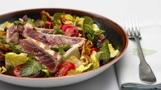 ivy in the lanes brighton restaurant review grilled tuna loin