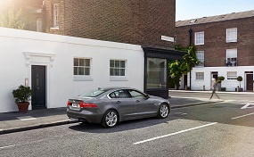 jaguar xe rear view