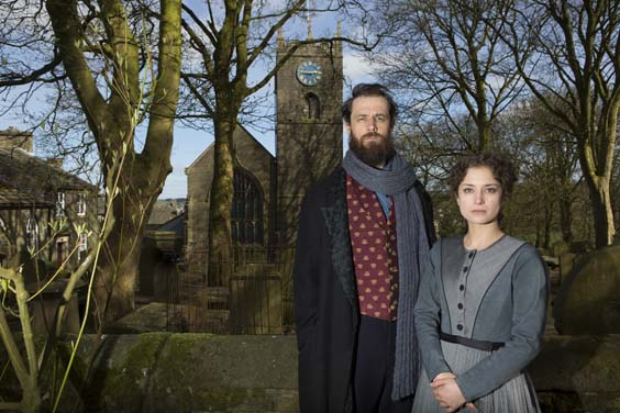 jane eyre review leeds grand Nadia Clifford (Jane Eyre) Tim Delap (Rochester) in Haworth, photos by Ellie Kurttz
