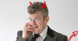 joe pasquale live comedy review the devil in disguide leeds city varieties