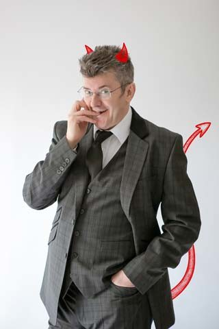 joe pasquale live comedy review the devil in disguide leeds city varieties stand up