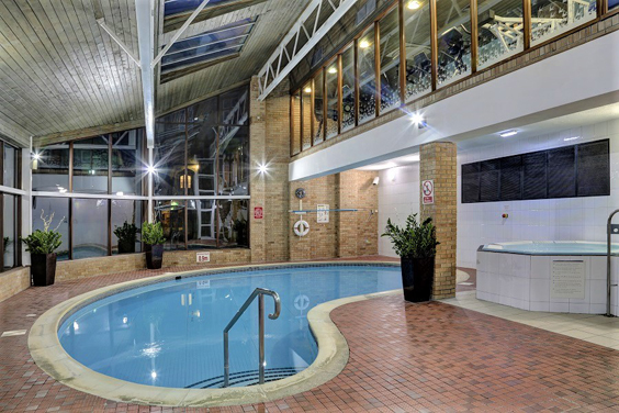kenwood hall spa review pool