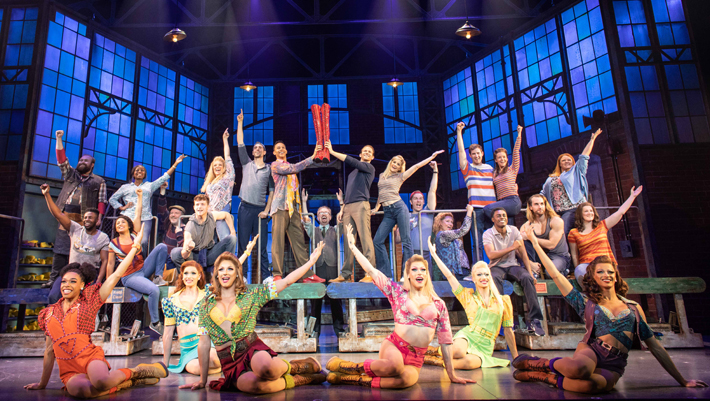 kinky boots review hull new theatre november 2019 cast