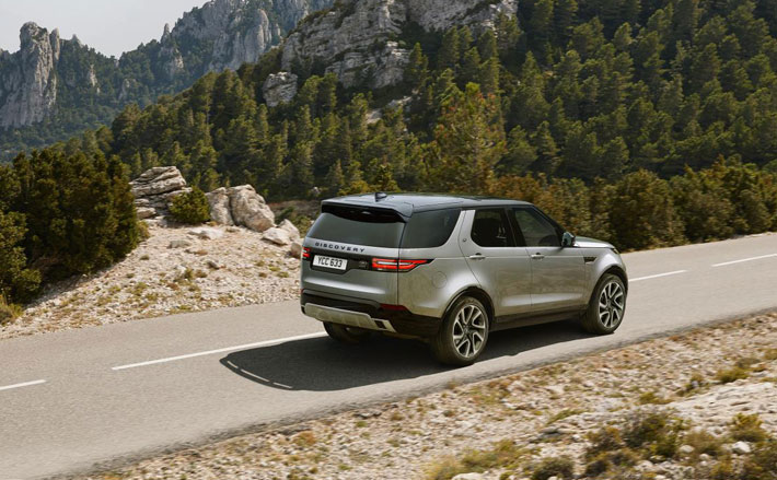 land rover discovery landmark edition car review rear