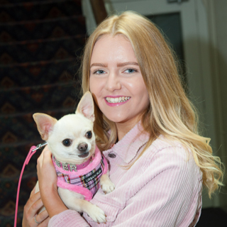 legally blonde review hull new theatre june 2018 beverley zoe kensington