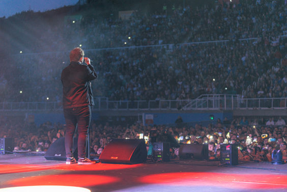 lewis capaldi live review scarborough open air theatre july 2019 stage