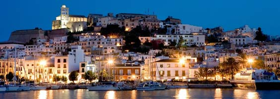luxury holidays in ibiza Sunset-on-the-harbour