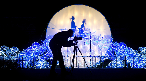 magical lantern festival leeds roundhay park review