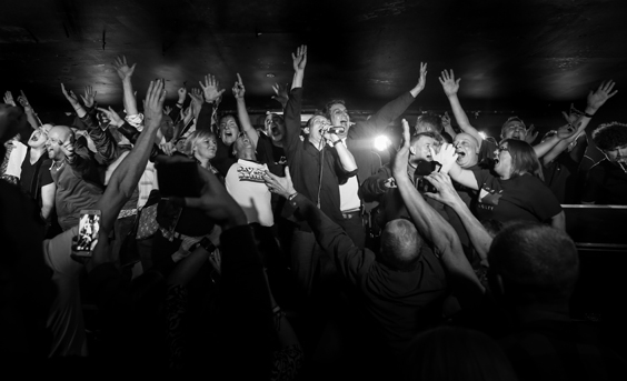 may contain nuts tom hingley and the kar-pets album review live