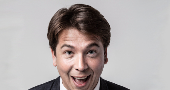 michael mcintyre live comedy review leeds arena may 2018 portrait hands (2)