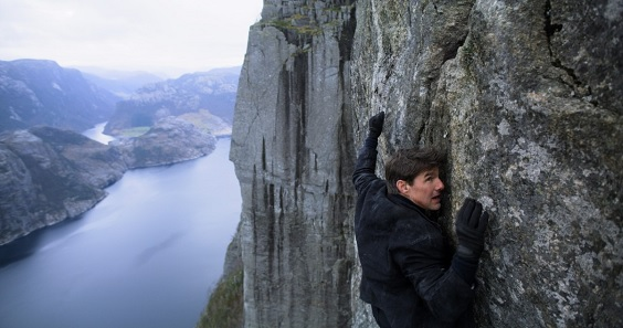 mission impossible fallout film review cruise cliff