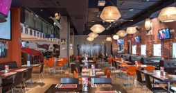 planet hollywood london restaurant review interior
