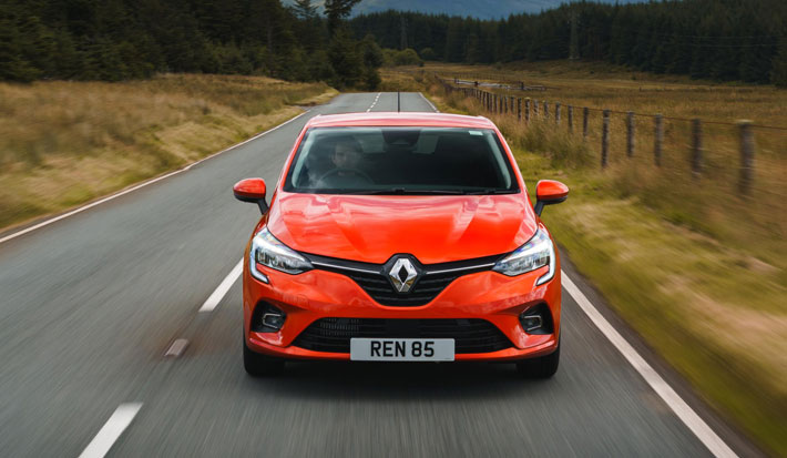 renault clio iconic car review front
