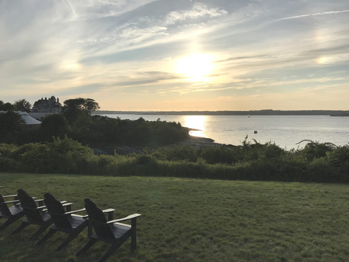 rhode island travel review ocean cliff