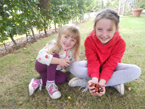 ribby hall Evelyn and Isla conkers
