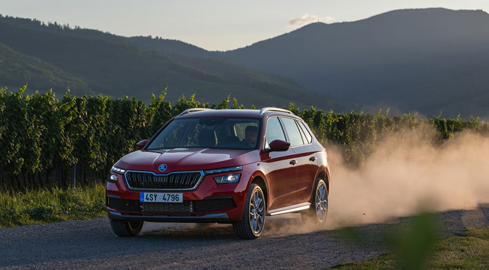 skoda kamiq car review front