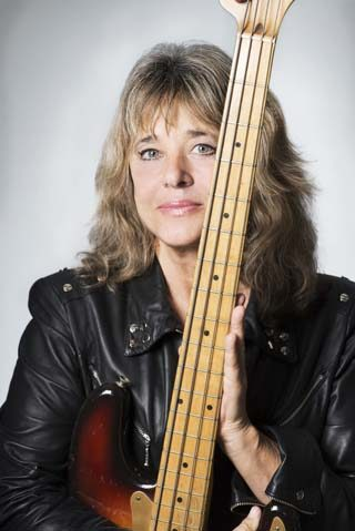 suzi quatro interview legends tour leeds bass