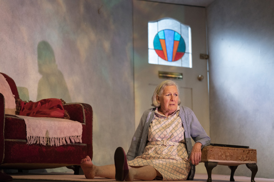 talking heads review west yorkshire playhouse june 2018 leeds play