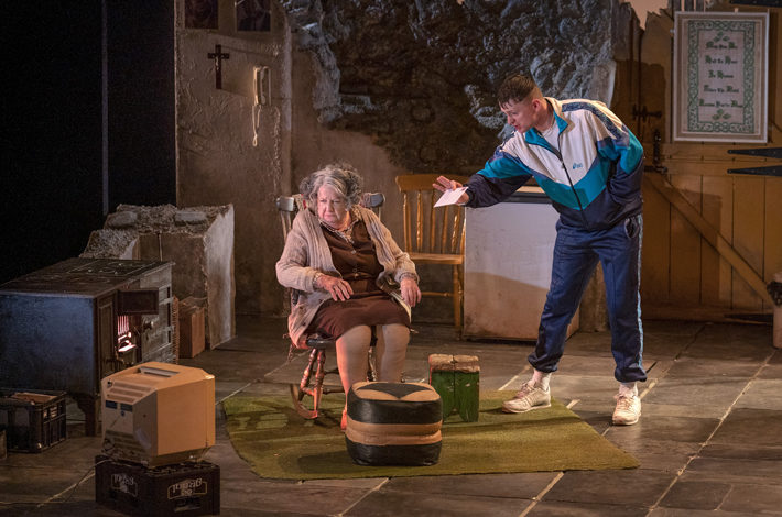 the beauty queen of leenane review hull truck theatre october 2019 stage