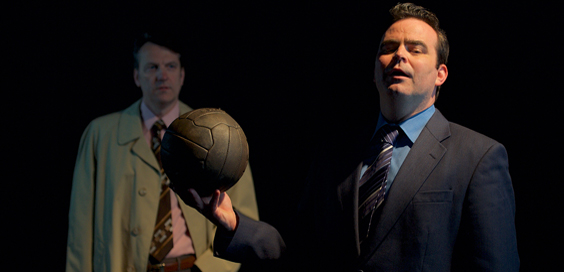 the damned united review west yorkshire playhouse march 2018 clough