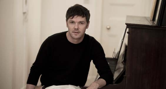 the deluder Roddy Woomble portrait