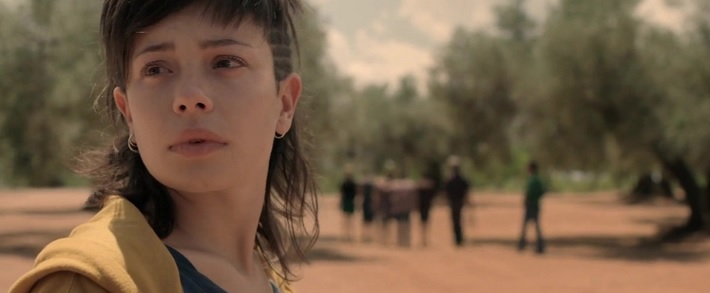 the olive tree film review spanish