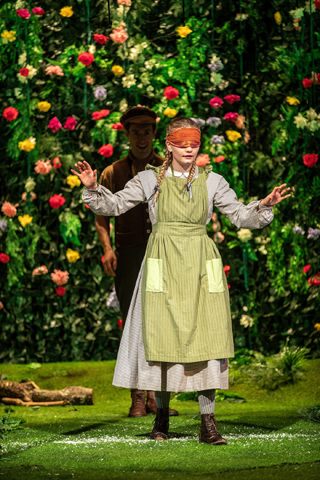 the secret garden review york theatre royal august 2018 ella dunlop