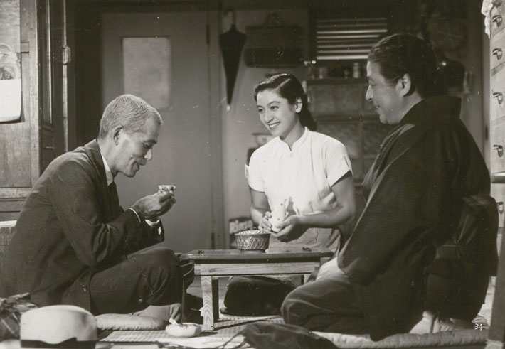 tokyo story film review cover bluray