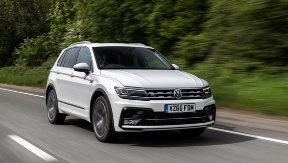 volkswagen tiguan vs seat ateca compare review we examine two similar suvs back to back over. Black Bedroom Furniture Sets. Home Design Ideas