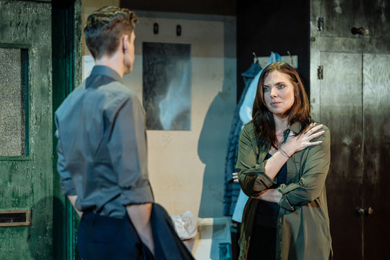 the girl on the train review sheffield lyceum june 2019 samantha